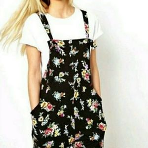 ASOS floral Pinafore overalls size 4 NWT